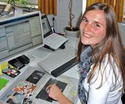 Diana Wegner, Sachbearbeiterin Anliegerbeiträge in Hamburg, nutzt die Software ARCHIKART als Datenquelle zur Abrechnung der Wegebaubeiträge.