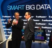 Der Hessische Innenminister Peter Beuth (rechts) forderte auf der CeBIT in Hannover ein verstärktes Engagement im Bereich Cyber-Sicherheit.