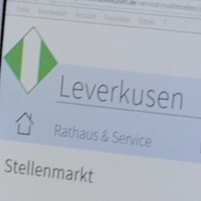 Über einen Link auf der städtischen Homepage werden Bewerber auf das neue E-Recruiting-System von Leverkusen weitergeleitet.
