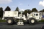 Vibro-Fahrzeug: Die Stadtwerke München führen in den nächsten Wochen umfangreiche seismische Messungen durch.