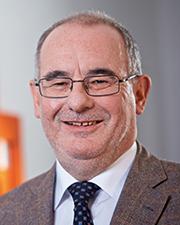 Matthias Breitenfeuer, Geschäftsführer von hallobtf!