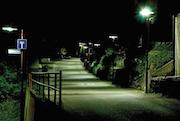Vorher – nachher: Eine gute LED-Beleuchtung dient der besseren Orientierung und Sicherheit.