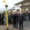 EAM Geschäftsführer Georg von Meibom (v.l.), Melsungens Bürgermeister Markus Boucsein und Vizelandrat Jürgen Kaufmann entzünden die Erdgasflamme in Röhrenfurth.