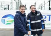 Energiewende-Minister Robert Habeck und Tennet-Chef Urban Keussen geben den Startschuss für den ersten Abschnitt der Westküstenleitung.