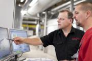 In der Energiezentrale wird das schwankende industrielle Wärmeaufkommen ausgeglichen.