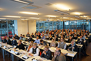 Mehr als 80 Vertreter von Stadt- und Gemeindewerken kamen zu der Veranstaltung in die Böblinger Motorworld.