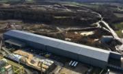 Das Photovoltaikkraftwerk Wössingen ist auf einer 280 Meter langen Dachfläche installiert.