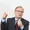 BnetzA-Präsident Jochen Homann hält einen Großteil der konventionellen Stromerzeugung bei negativen Strompreisen für nicht systemrelevant.