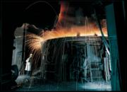 Bei der Stahlproduktion entseht viel klimaschädliches CO2. Siemens und Partner untersuchen im Projekt Carbon2Chem Einsparmöglichkeiten..