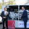 Johannes Heinze (l.) und Bürgermeister Christian Vogel präsentieren das neue Blockheizkraftwerk im Nürnberger Stadion.