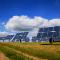 Solarkraftwerke können immer billiger gebaut werden. Der Bundesverband Solarwirtschaft fordert deshalb eine Aufhebung der Ausbaudeckel.