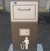 Die smarten Behälter, die eher wie Müllschlucker aussehen, sollen dazu beitragen, die Bad Hersfelder Fußgängerzone sauber zu halten.
