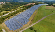 Der Solarpark Südwestpfalz in Rheinland-Pfalz besteht aus rund 56.800 Solarmodulen