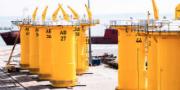 Die Bauteile werden über den Hafen Sassnitz auf Rügen angeliefert.