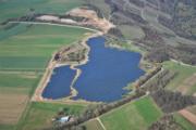 Die Photovoltaik-Anlage Klüsserath wurde auf dem Gelände einer ehemaligen Kiesgrube errichtet.
