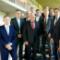 Wirtschaftsminister Olaf Lies mit Vertretern niedersächsischer Verbände und Unternehmen der Windenergie.