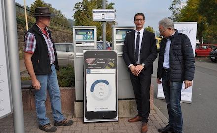 Parkgebühren können in Wertheim bargeldlos per Handy bezahlt werden.
