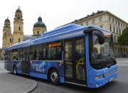 Der erste Elektrobus der Münchner Verkehrsgesellschaft (MVG) ist im Linienbetrieb gestartet.
