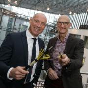 Vereinbarten den gemeinsamen Glasfaserausbau: EWE-Marktvorstand Michael Heidkamp (l.) und Telekom-Vorstandsvorsitzender Tim Höttges.