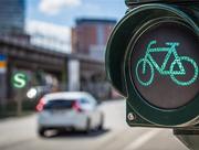 Die Hessenstrategie Mobilität 2035 skizziert den Weg hin zu einem intelligent vernetzten Verkehrssystem, das Teilnehmer schnell und klimaschonend ans Ziel bringt.