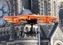 Gebäude, Hallen und Bauflächen werden in Mönchengladbach künftig aus der Luft vermessen.