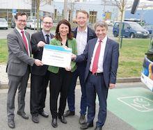 Der erste Förderbescheid des Landes Thüringen für E-Bus-Modellprojekte geht an die Nahverkehrsbetriebe der Stadt Jena.