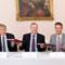 """Fünf Energieversorger, Stadt Bonn und Rhein-Sieg-Kreis unterzeichnen """"Gemeinsame Erklärung zur Förderung der E-Mobilität""""."""