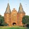 Lübeck: Stadtwerke erhalten von den Bürgern sieben Millionen Euro für grüne Energieprojekte.