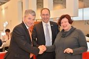 Kooperationsvertrag unterzeichnet: Trianel, Stadtwerke Heidelberg und die Universität Stuttgart starten Smart-Home-Forschungsprojekt.