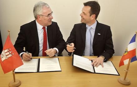 Die Messegesellschaften in Hamburg und Husum haben vereinbart, dass die internationele Messe WindEnergy künftig in Hamburg stattfindet.