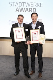 Stadtwerke Bonn sicherten sich mit einer nachhaltigen Kinder- und Jugendstrategie den ersten Platz beim Stadtwerke-Award 2013.
