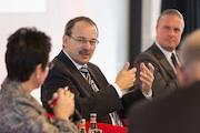 Forum E-Government auf dem MACH-Kongress: Die Entwicklung wird noch zu sehr aus Sicht einzelner Behörden vorangetrieben.