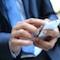 Smartphones sind heute bereits weit verbreitet – das ebnet den Weg für mobile Verwaltungsservices.