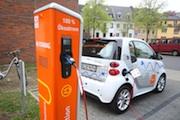 Wie Elektromobilität in einem Mehrfamilienhaus genutzt werden kann, testen die Stadtwerke Aachen.