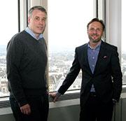 Sie organisieren und digitalisieren Bonn: Sven Hense (l.) und Andreas Leinhaas.