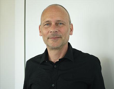 Hans-Henning Hall treibt die Entwicklung der E-Government-Angebote in Stuttgart voran.
