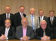 Mehrere Kommunen sowie die Stadtwerke Osnabrück und das Unternehmen RWE haben die Verträge zur Gründung der Stadtwerke Tecklenburger Land unterzeichnet.