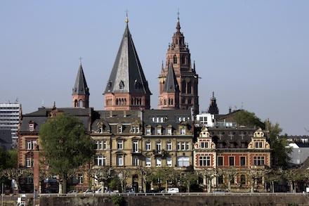 Eine Umfrage attestiert der Stadt Mainz eine gute Breitband-Infrastruktur.