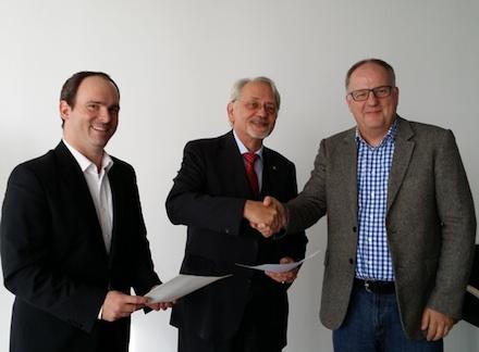 IT-Dienstleister in Köln und Lemgo unterzeichnen Zusammenarbeit beim Projekt DA NRW.