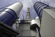 Dresdner Biomasse-Heizkraftwerk liefert Wärme für die Stadt Heidenau.