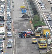 Eine App informiert zum aktuellen Bau- und Verkehrsgeschehen rund um die A 7.