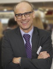 AKDB-Vorstandsvorsitzender Alexander Schroth: AKDB schafft echte Synergien für alle Anwender.