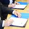 Die Verträge für den Aufbau eines Glasfasernetzes in vier Gemeindes des Kreises Steinfurt wurden jetzt unterzeichnet.