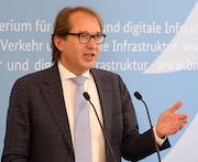 """Bundesverkehrsminister Alexander Dobrindt: """"Wir starten heute unsere Ladesäulen-Offensive für Deutschland."""""""