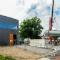 Die Testanlage für Wärmespeicherung in geschmolzenem Salz ist Teil des Energieforschungsgebäudes CeraStorE am DLR-Standort Köln.