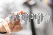 Fachkräfte können über soziale Medien gezielt gesucht werden.