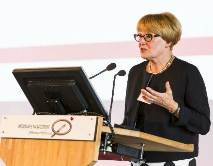 Cornelia Rogall-Grothe, ehemalige Beauftragte der Bundesregierung für Informationstechnik: Kulturwandel als entscheidender Erfolgsfaktor für E-Government.