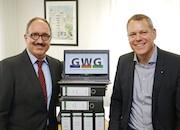Dieter Thelen, Vorstand der GWG für den Kreis Viersen (l.) und Dr. Andreas Coenen, Verbandsvorsteher und zugleich Landrat des Kreises Viersen, freuen sich über den baldigen Start des neuen Systems für elektronische Gebührenbescheide.