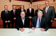 Vertragsunterzeichnung: STEAG New Energies und Stadtwerke Winnenden haben eine gemeinsame Fernwärme-Gesellschaft gegründet.