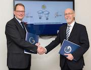 Bremen und Hamburg besiegeln weitere Zusammenarbeit im Bereich Geodaten-Infrastruktur.